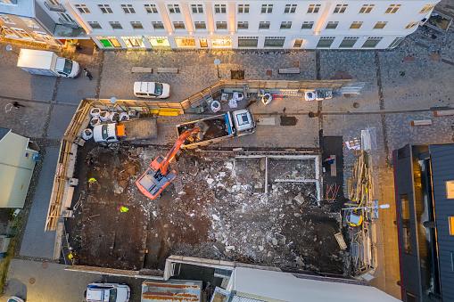 Construction Vehicle「Aerial - Construction site, Reykjavik, Iceland」:スマホ壁紙(17)