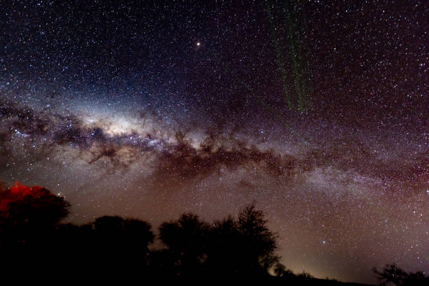 Milkyway in Atacama desert, Chile:スマホ壁紙(壁紙.com)