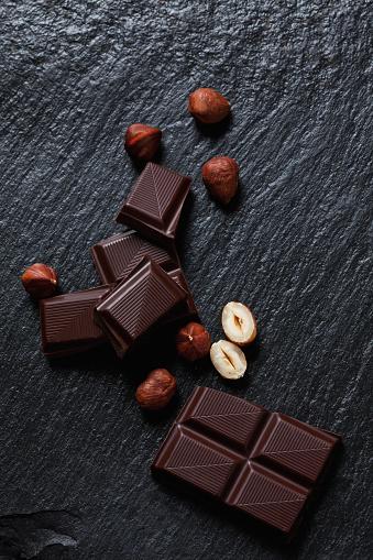 Textured Effect「Bittersweet chocolate and hazelnuts on slate」:スマホ壁紙(15)