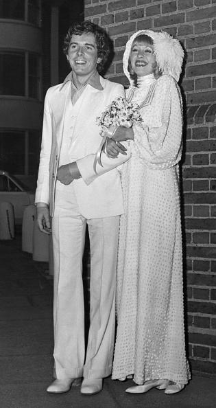 Wedding Dress「Dundas Marries Scott」:写真・画像(2)[壁紙.com]