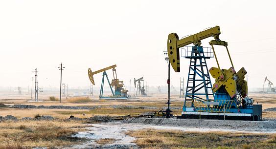 Oil Pump「Oil pumps working under the sky」:スマホ壁紙(15)