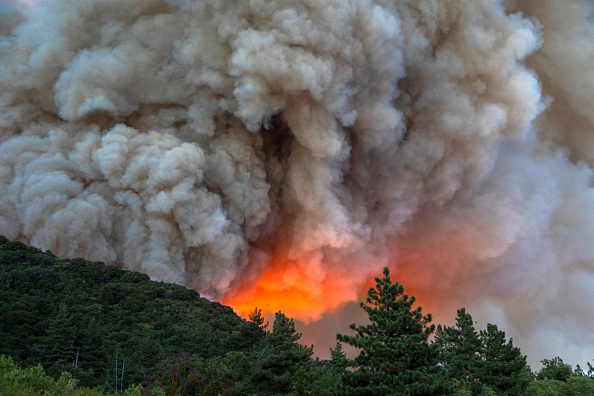 Heat - Temperature「Apple Fire In Southern California Forces Evacuations」:写真・画像(4)[壁紙.com]
