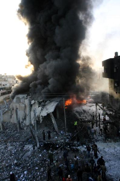 Flame「Israel Launches Further Raids on Gaza」:写真・画像(19)[壁紙.com]