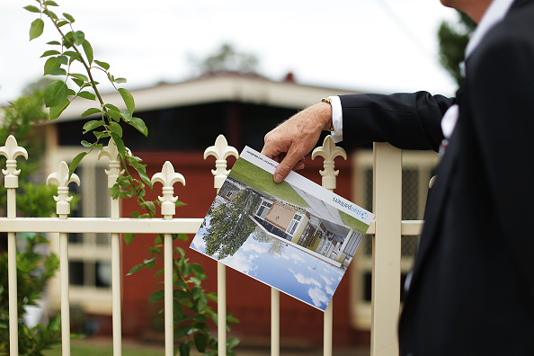 Auction「$1 Reserve Blacktown Home Goes To Auction」:写真・画像(7)[壁紙.com]