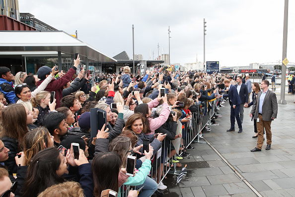 Security「The Duke And Duchess Of Sussex Visit New Zealand - Day 3」:写真・画像(3)[壁紙.com]