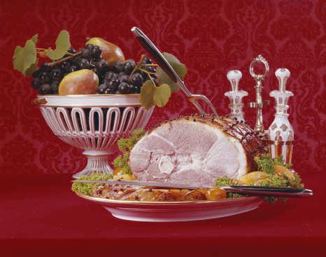 Archival「Roasted turkey with bowl of fruits, close-up」:スマホ壁紙(12)