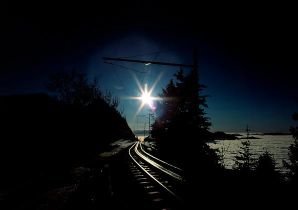 Light Trail「Rack Railway Tracks to Mount Rigi, Swiss Alps, Canton of Lucerne, Switzerland」:写真・画像(15)[壁紙.com]