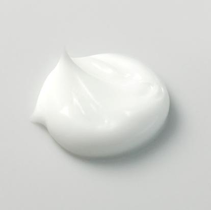 Moisturizer「Portion of white cream, close-up」:スマホ壁紙(2)