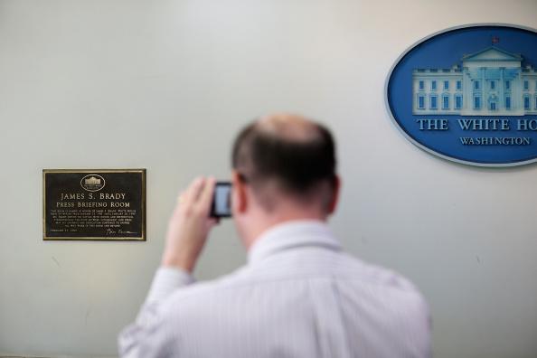 James Brady Press Briefing Room「Former White House Press Secretary Remembered At White House Briefing Room」:写真・画像(14)[壁紙.com]