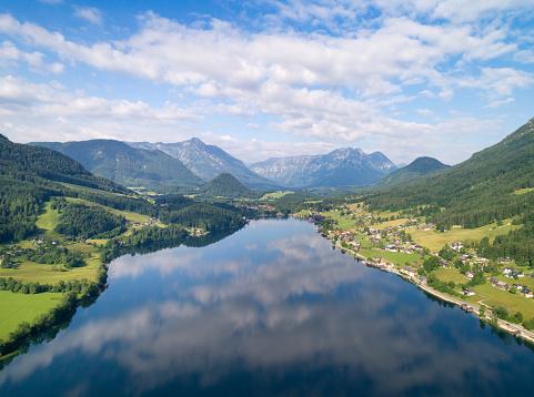 Salzkammergut「Grundlsee, Austria - Aerial View」:スマホ壁紙(7)