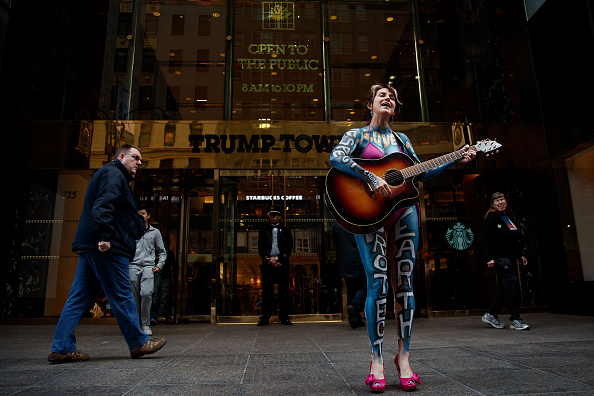 2016 United States Presidential Election「President-Elect Donald Trump Holds Meetings At His Trump Tower Residence In New York」:写真・画像(16)[壁紙.com]