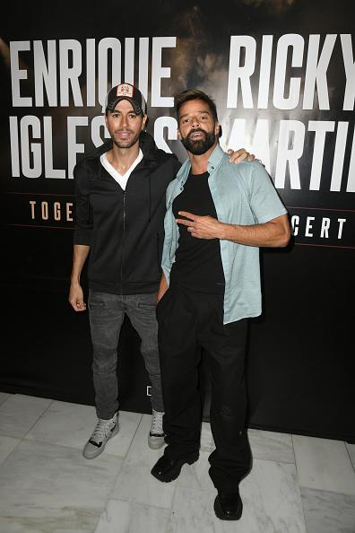 Enrique Iglesias - Singer「Enrique Iglesias x Ricky Martin Press Conference」:写真・画像(9)[壁紙.com]
