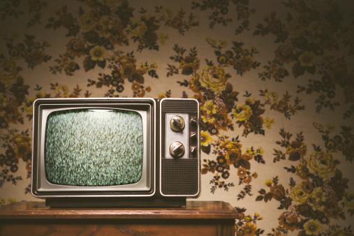 1980-1989「Retro Television and Wallpaper」:スマホ壁紙(10)