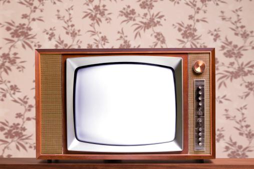 The Past「Retro television set」:スマホ壁紙(17)