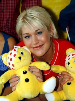 "Stuffed「S Club 7 At ""BBC Children in Need"" Donation Line Launch.」:写真・画像(6)[壁紙.com]"