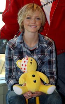 "Stuffed「S Club 7 At ""BBC Children in Need"" Donation Line Launch.」:写真・画像(13)[壁紙.com]"