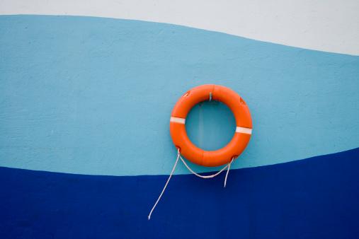 Central America「Life ring on wall of cruiseship pier.」:スマホ壁紙(0)