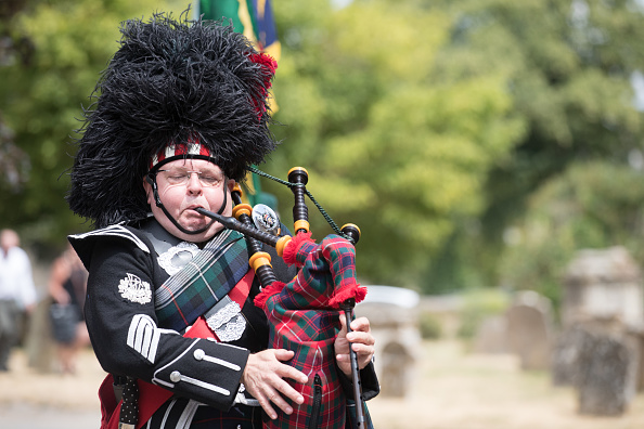 Bagpipe「Funeral Of D-Day Veteran Patrick Churchill Takes Place In Witney」:写真・画像(1)[壁紙.com]