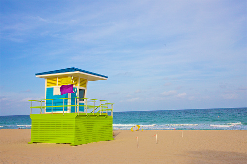 Pompano Beach「Colorful lifeguard hut, Pompano Beach」:スマホ壁紙(19)