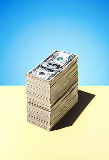 Stack Of Dollar Bills:スマホ壁紙(壁紙.com)