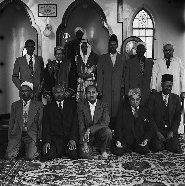 Rug「Cardiff Muslims」:写真・画像(18)[壁紙.com]