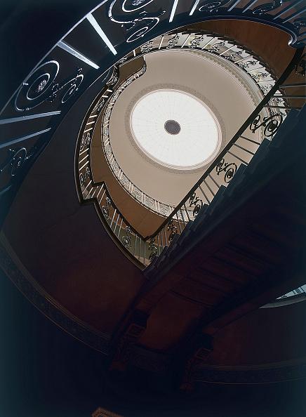 2002「Interior spiral staircase United Kingdom」:写真・画像(0)[壁紙.com]