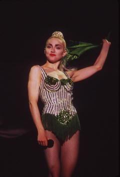 1990-1999「Madonna Blond Ambition Tour」:写真・画像(2)[壁紙.com]
