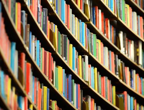 Text「Bookshelf inside Stockholm Public Library」:スマホ壁紙(16)