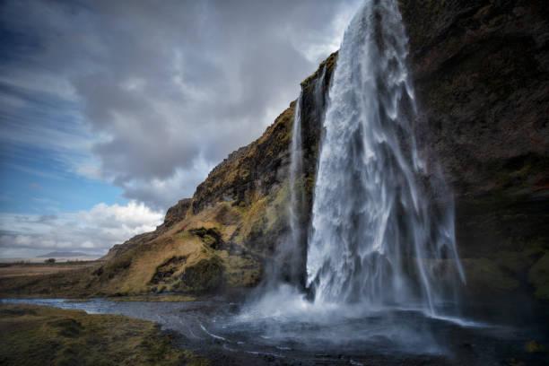 SELJALANDSFOSS_Iceland:スマホ壁紙(壁紙.com)