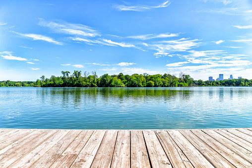 Pier「Dock on Lake in the City of Lakes - Minneapolis」:スマホ壁紙(3)