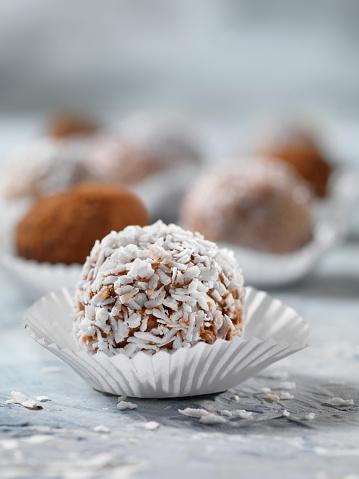 Dessert「Homemade Truffles」:スマホ壁紙(0)