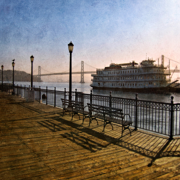 San Francisco-Oakland Bay Bridge「Promenade and Cruiser and San Francisco-Oakland Bay Bridge, San Francisco Bay, California, USA (painterly)」:写真・画像(18)[壁紙.com]