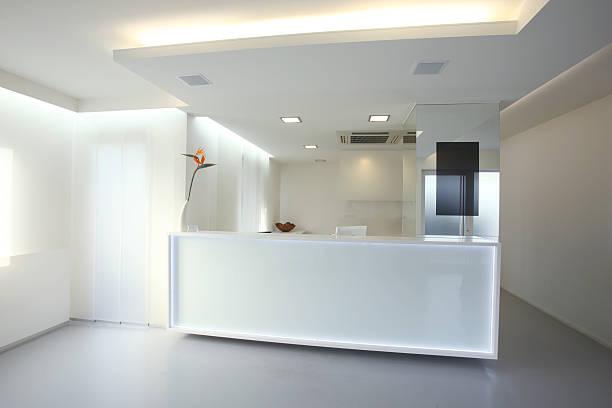 Modern reception desk in grey white color (XXXL):スマホ壁紙(壁紙.com)