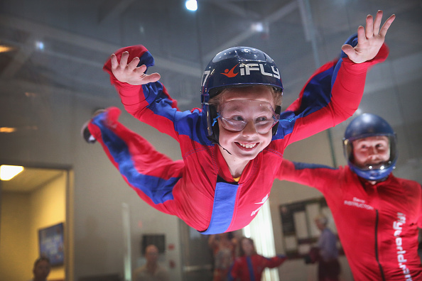 Scott Olson「No Planes, No Parachutes: Indoor Skydiving Is Here」:写真・画像(6)[壁紙.com]