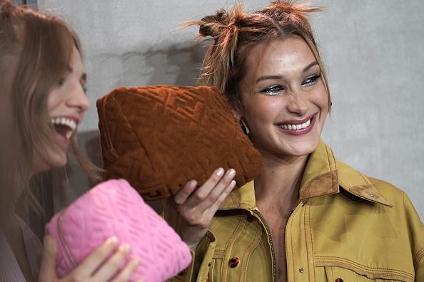 Beauty「Fendi - Backstage - Milan Fashion Week Spring/Summer 2020」:写真・画像(16)[壁紙.com]