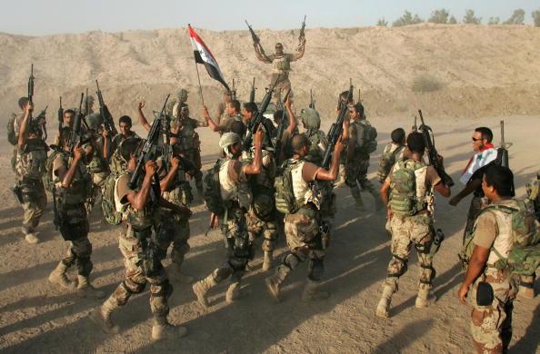 アジアカップ「Iraqi Special Forces Celebrate Asian Soccer Championship Win」:写真・画像(0)[壁紙.com]