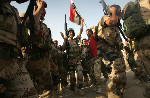 アジアカップ「Iraqi Special Forces Celebrate Asian Cup Soccer Win」:写真・画像(4)[壁紙.com]