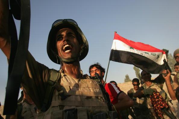アジアカップ「Iraqi Special Forces Celebrate Asian Cup Soccer Win」:写真・画像(9)[壁紙.com]