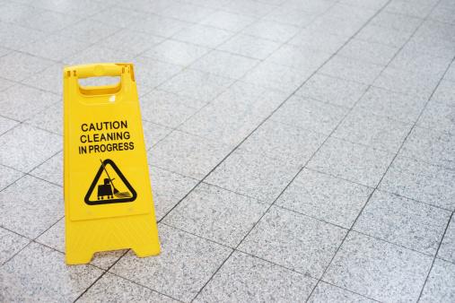 Walking「Cleaning in progress sign on the slippery floor」:スマホ壁紙(17)