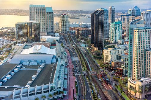 Convention Center「Harbor Drive San Diego」:スマホ壁紙(0)