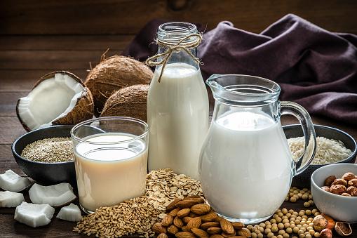 Veganism「Various kinds of vegan milk」:スマホ壁紙(19)