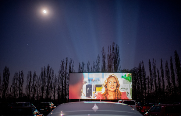 Movie Theater「Drive-In Cinemas Have Booming Business During The Coronavirus Crisis」:写真・画像(3)[壁紙.com]