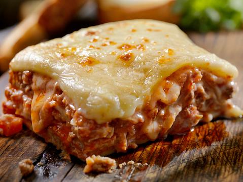 Tomato Sauce「Cheesy, Beef and Veal Lasagna」:スマホ壁紙(12)