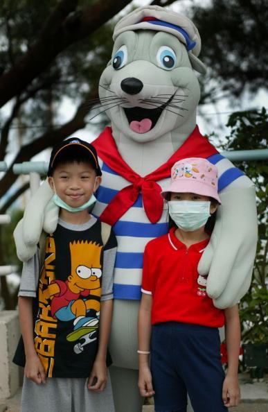 Animal Whisker「Cases Of SARS In Hong Kong Climb」:写真・画像(6)[壁紙.com]