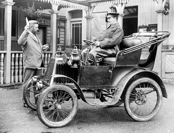 1900「1901 Renault. Creator: Unknown.」:写真・画像(19)[壁紙.com]