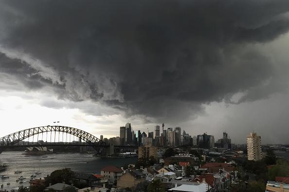 Sydney「A Storm Approaches Sydney」:写真・画像(1)[壁紙.com]