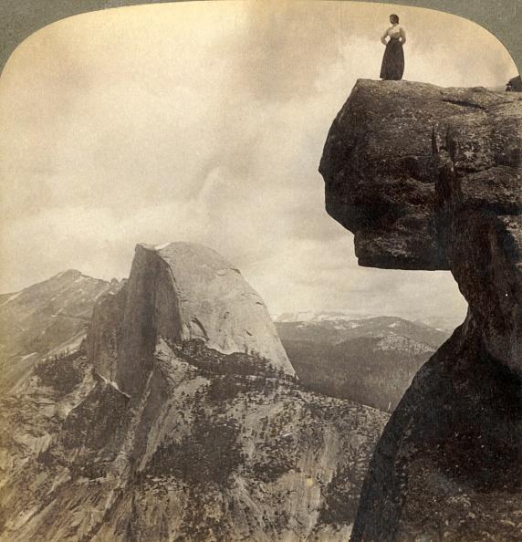 Mountain Range「Overlooking Natures Grandest Scenery - From Glacier Point NE Yosemite Valley」:写真・画像(6)[壁紙.com]