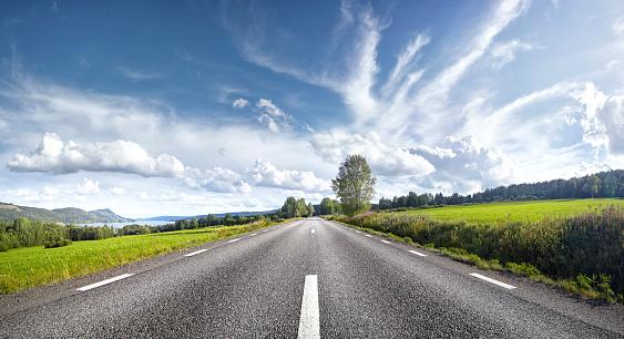 Tranquility「Straight empty road, Sweden」:スマホ壁紙(15)