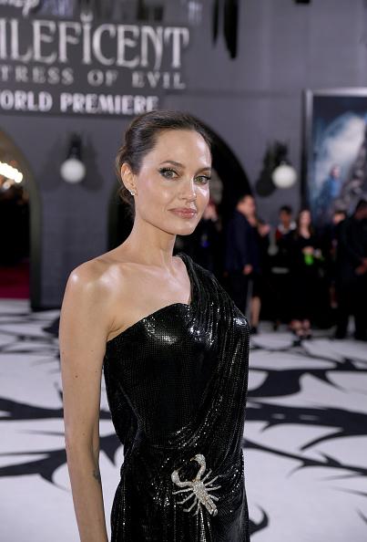 """アンジェリーナ・ジョリー「World Premiere Of Disney's """"Maleficent: Mistress Of Evil"""" - Red Carpet」:写真・画像(10)[壁紙.com]"""