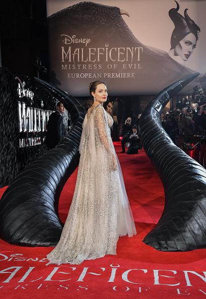 """アンジェリーナ・ジョリー「European Premiere Of """"Maleficent: Mistress of Evil""""」:写真・画像(11)[壁紙.com]"""